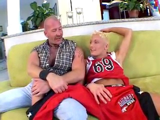 Daddy loves his twink