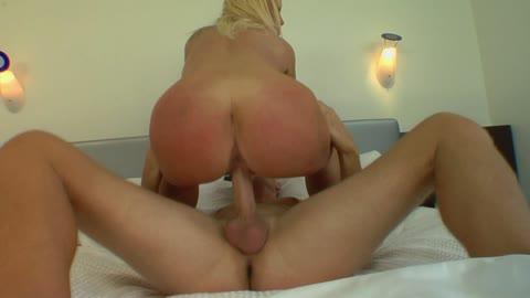 Blonde MILF Dawson from NY