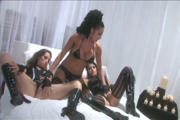 Lesbian Leather Party